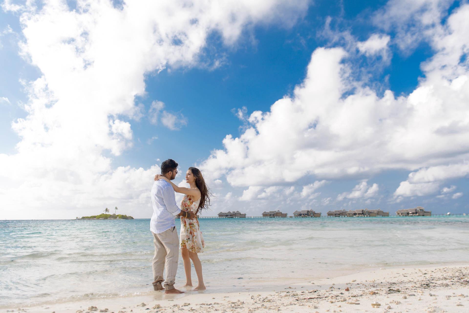 Abhijit Meghna Romantic Vacation in Maldives 15