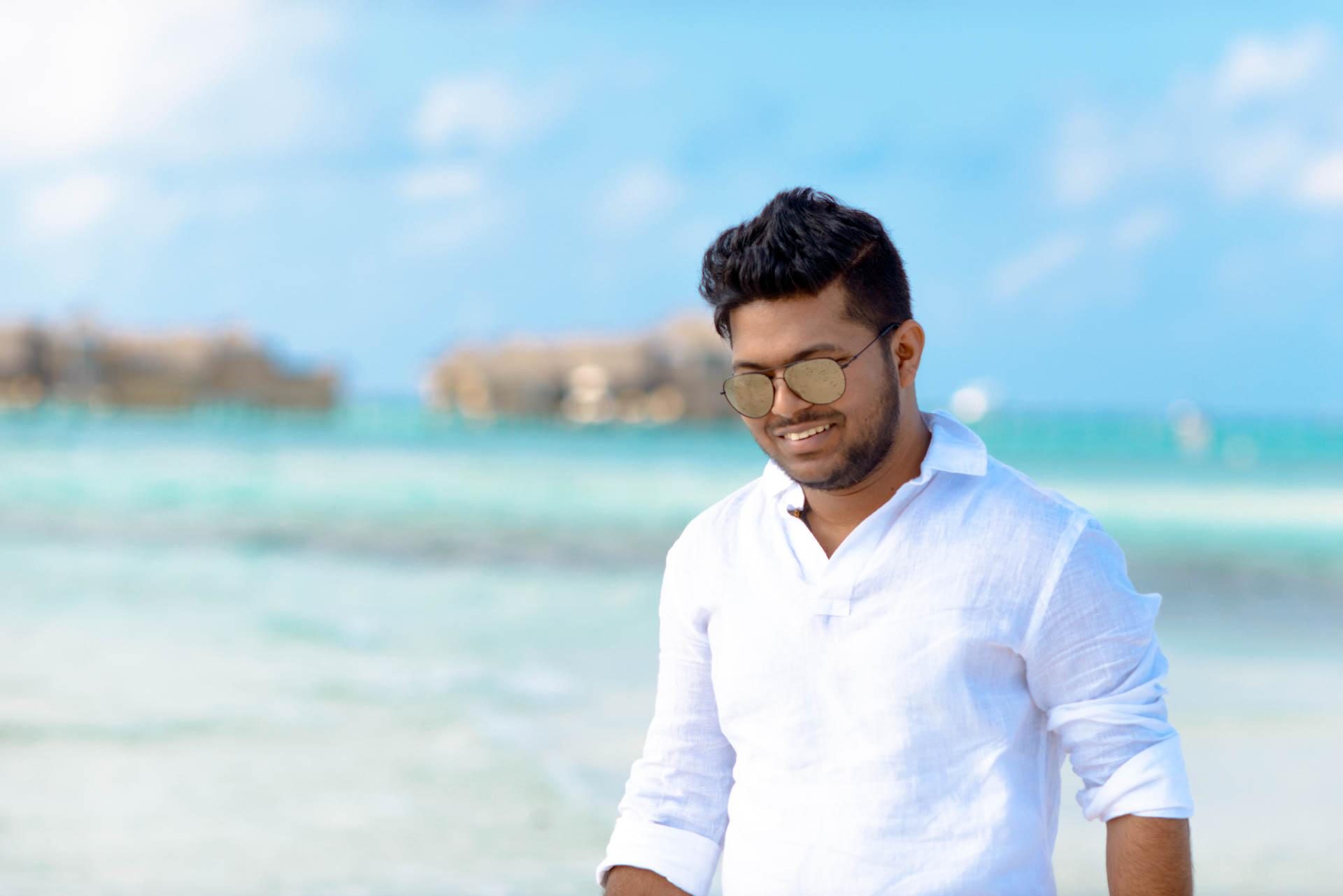 Abhijit Meghna Romantic Vacation in Maldives 17