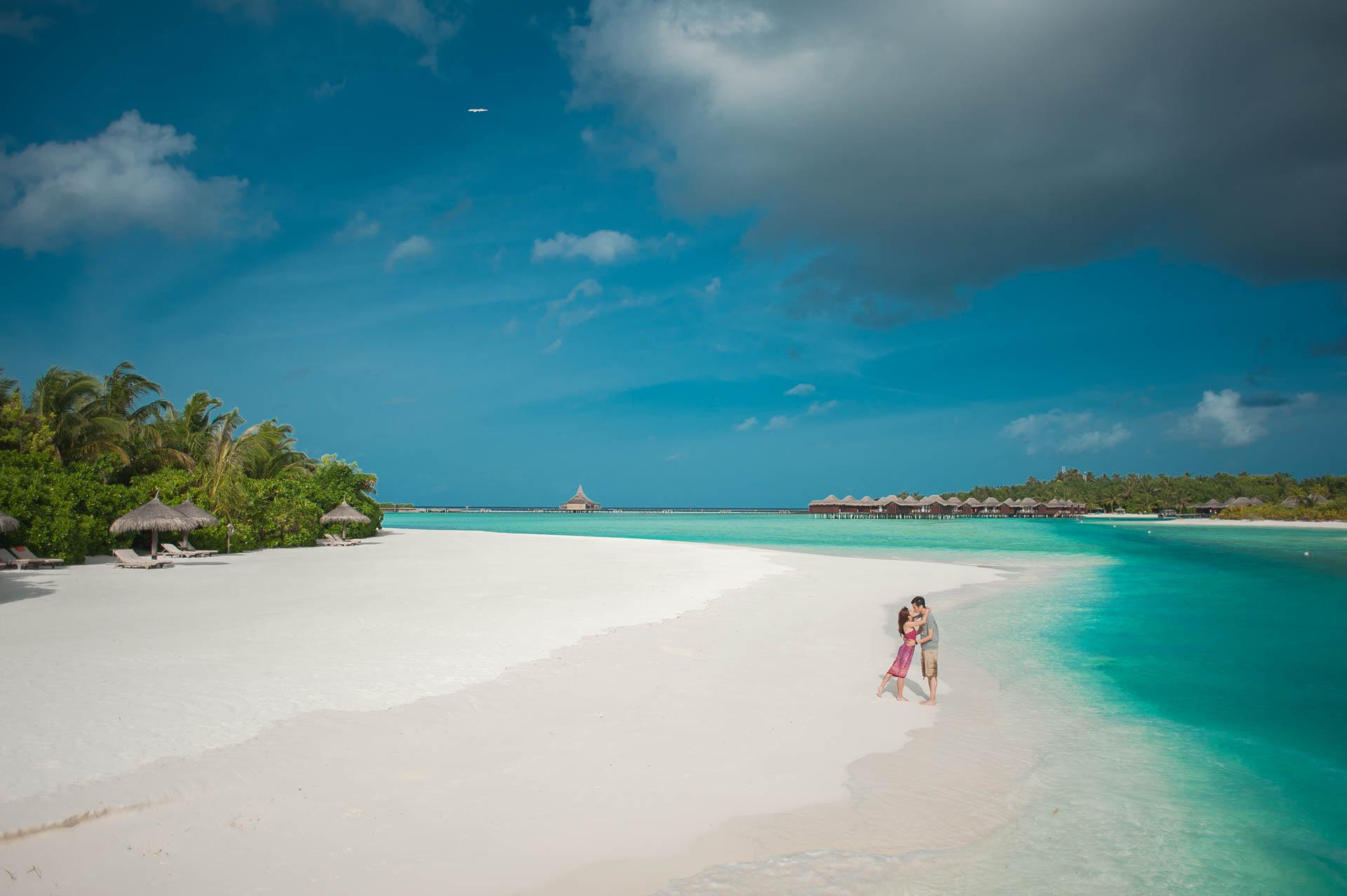 Charmy and Samson Honeymoon Photoshoot at Anantara Dhigu Veli and Naladhu Resort in Maldives by Asads Photography 17