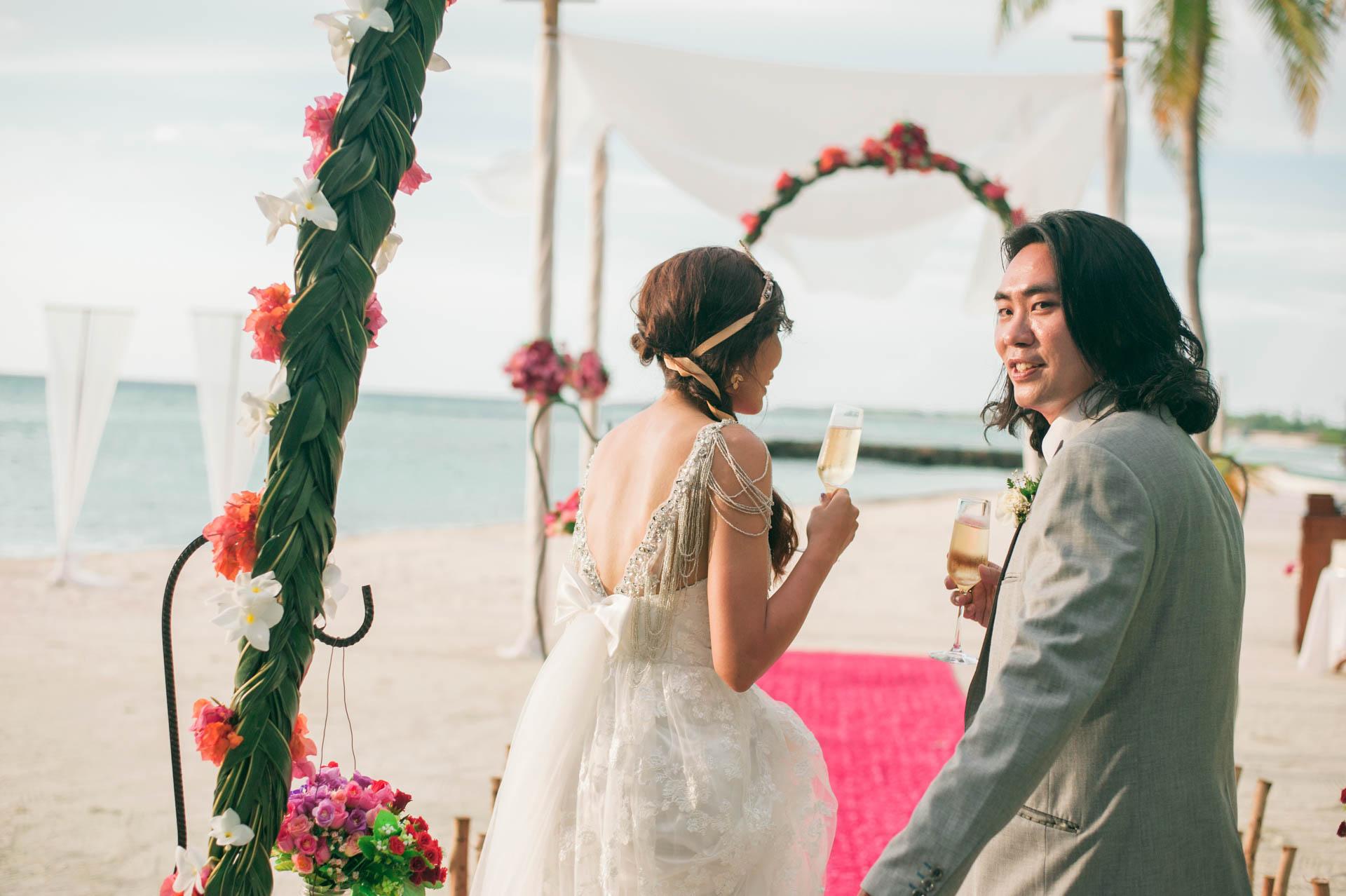 Chih Chao Yu Shan Destination Wedding at Residence Maldives 15