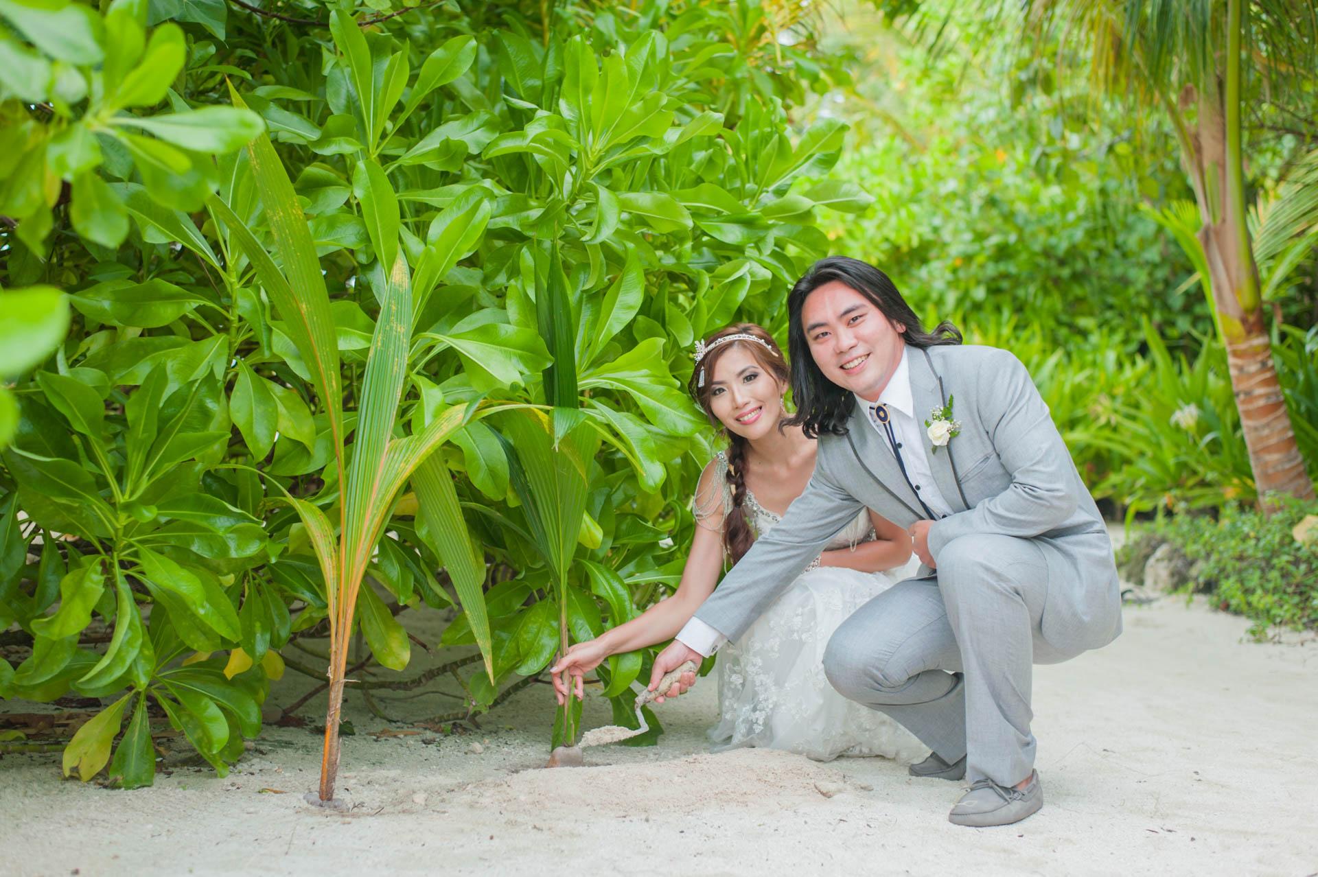Chih Chao Yu Shan Destination Wedding at Residence Maldives 17