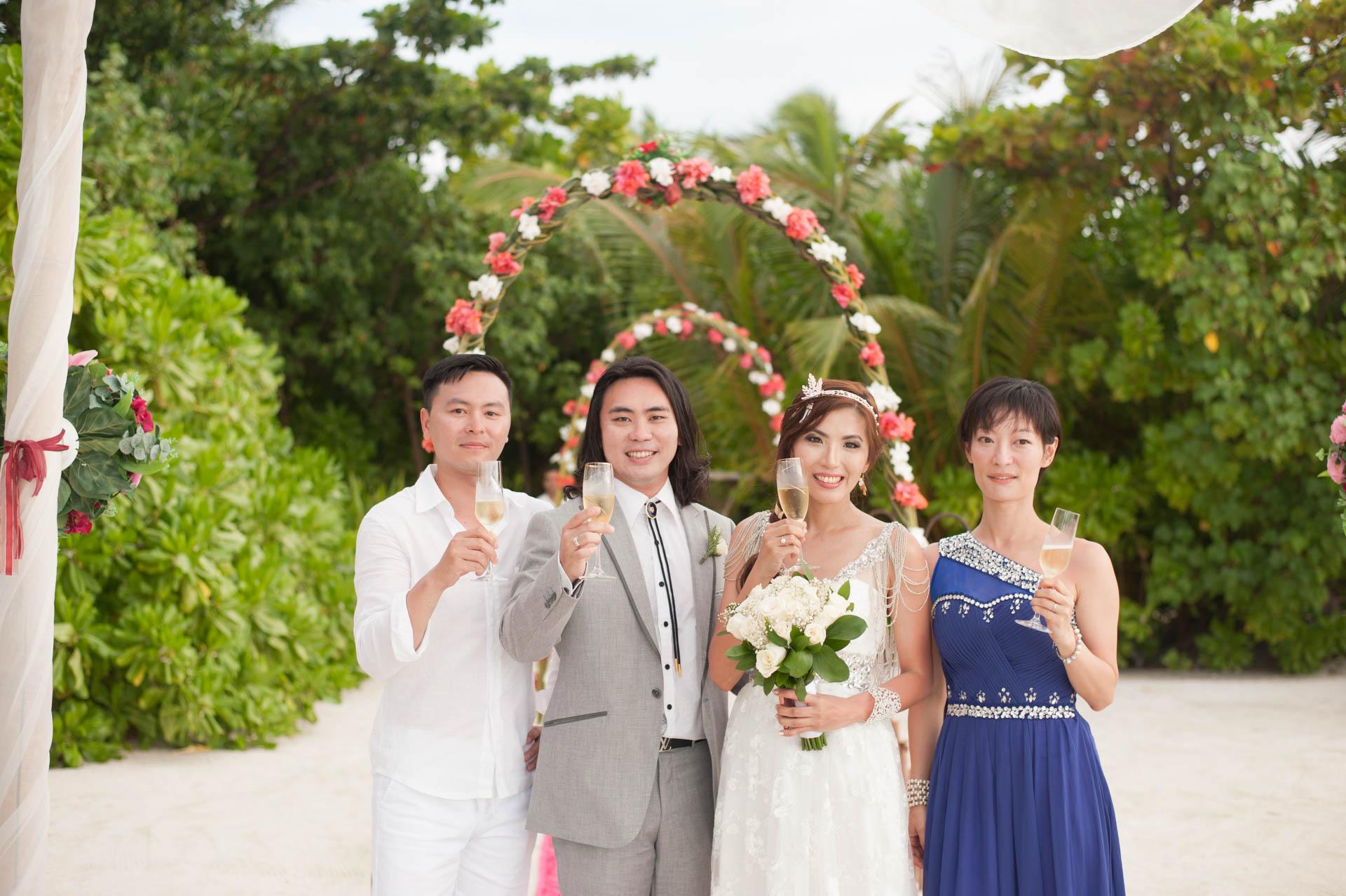 Chih Chao Yu Shan Destination Wedding at Residence Maldives 24