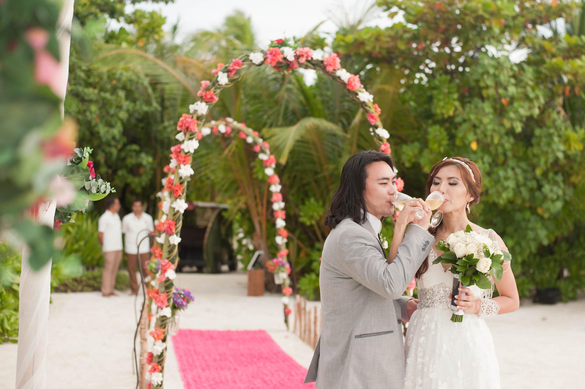 Chih Chao Yu Shan Destination Wedding at Residence Maldives 25