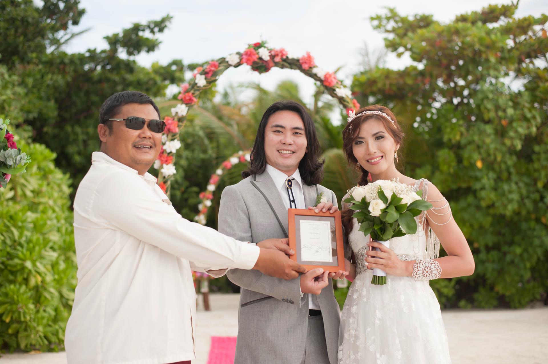 Chih Chao Yu Shan Destination Wedding at Residence Maldives 26