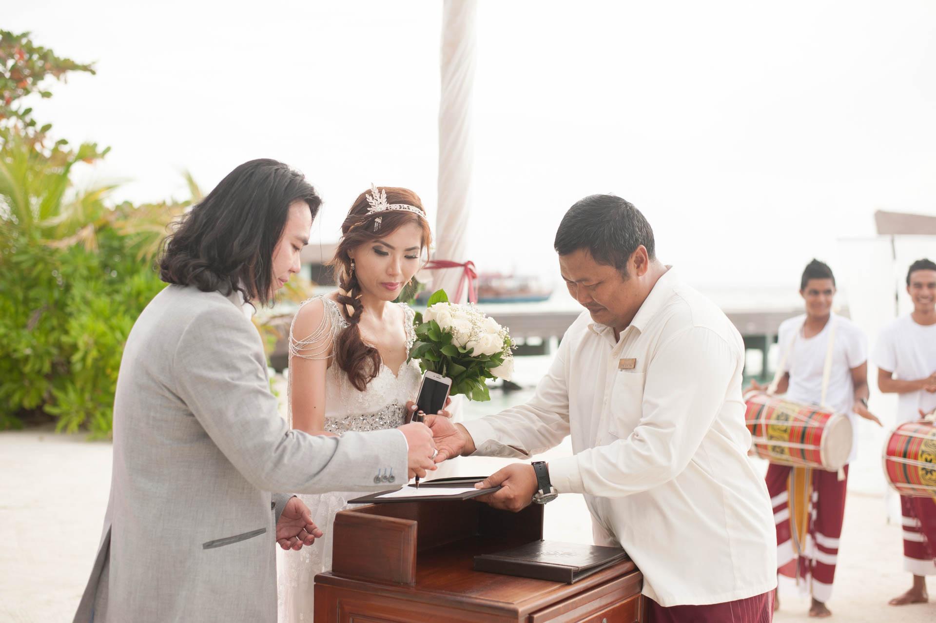 Chih Chao Yu Shan Destination Wedding at Residence Maldives 27