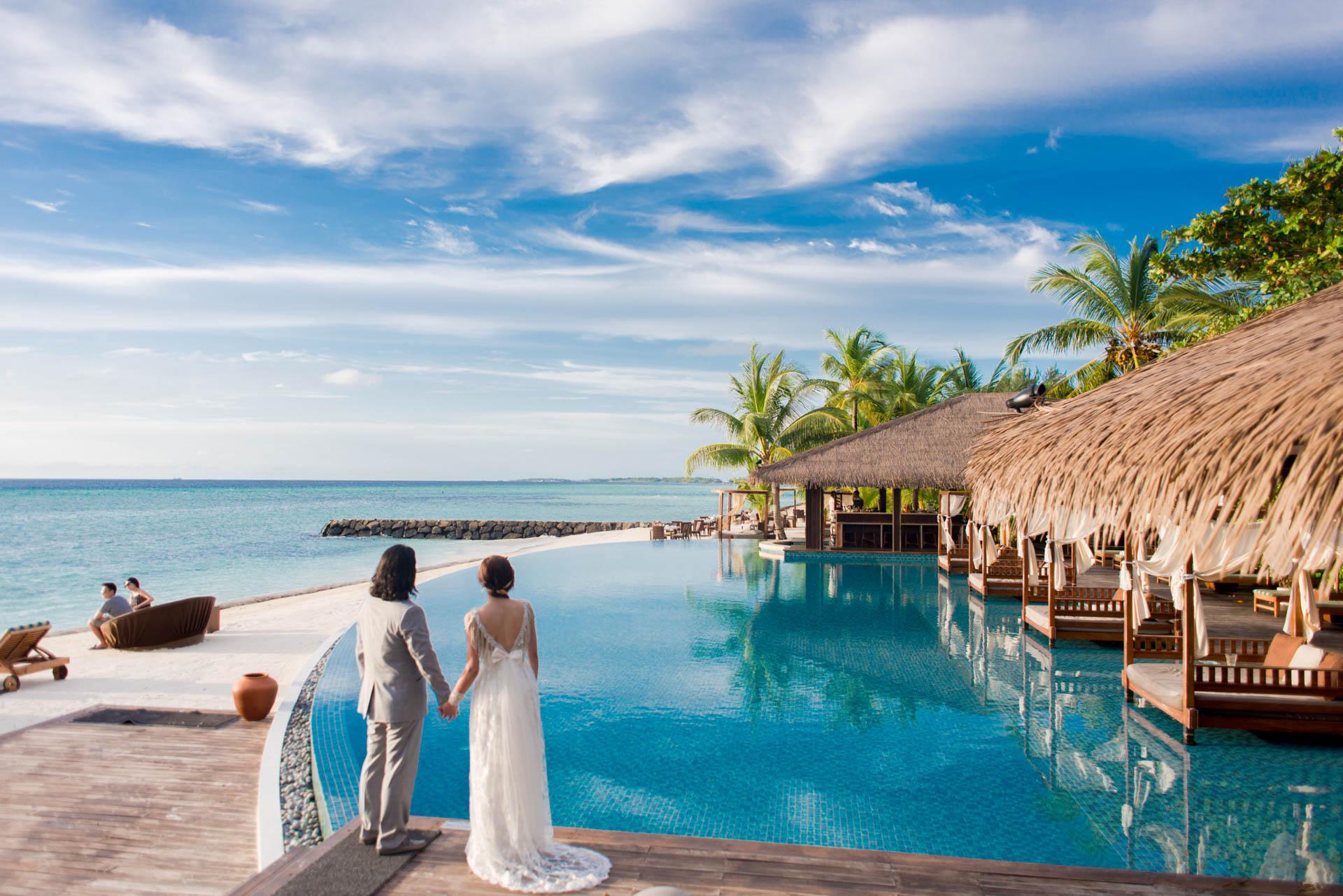 Chih Chao Yu Shan Destination Wedding at Residence Maldives 8
