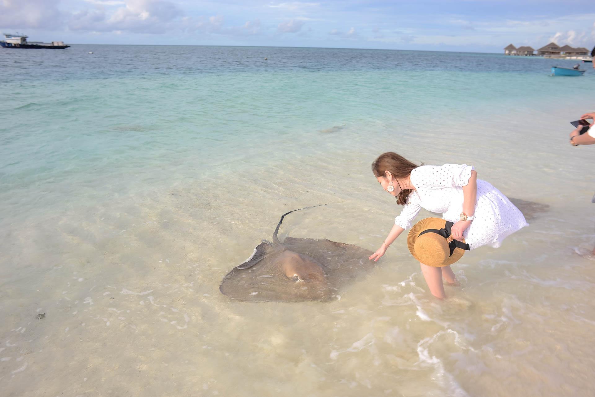 Chin Siew and Chin Yee Honeymoon in Maldives at Huvafen Fushi Resort Under Water Spa 30