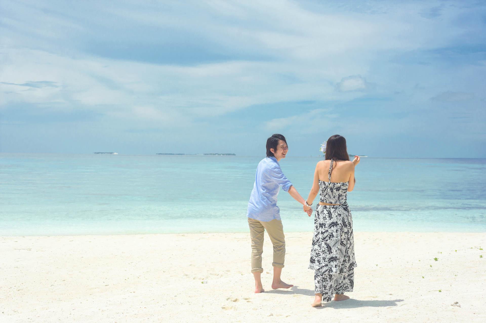 Devin and Natsuko Honeymoon at Makunudhoo Island Maldives 1