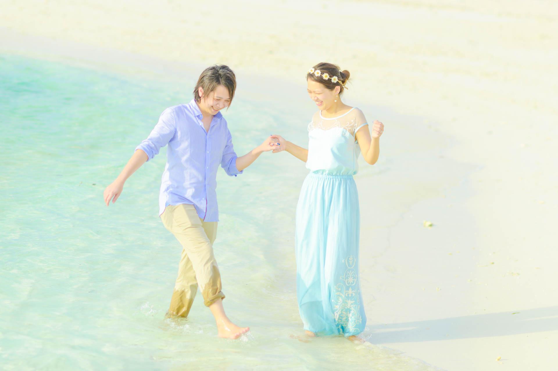 Devin and Natsuko Honeymoon at Makunudhoo Island Maldives 15
