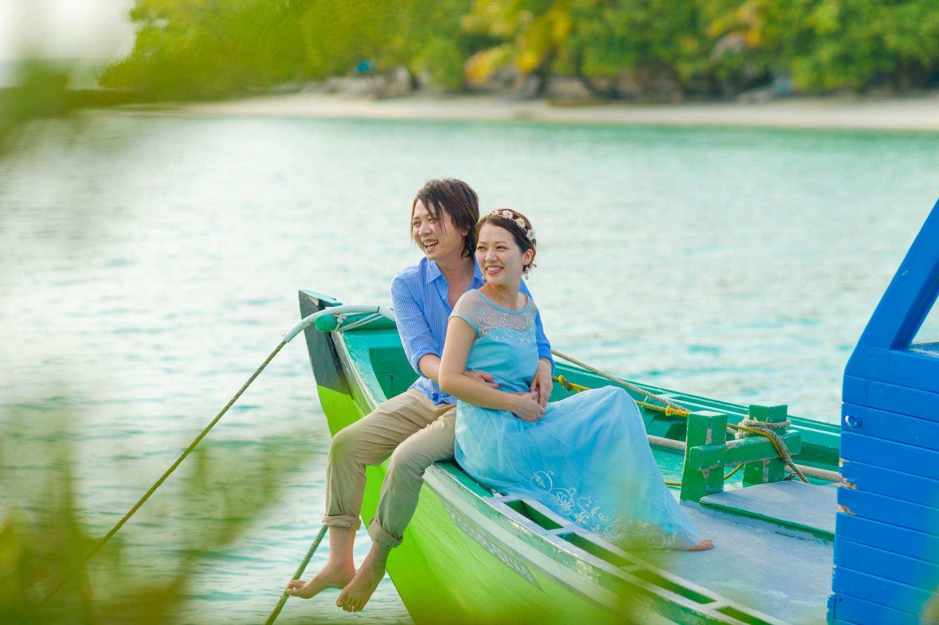 Devin and Natsuko Honeymoon at Makunudhoo Island Maldives 22