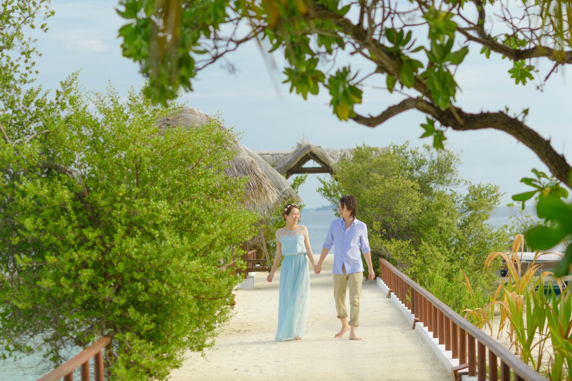 Devin and Natsuko Honeymoon at Makunudhoo Island Maldives 25