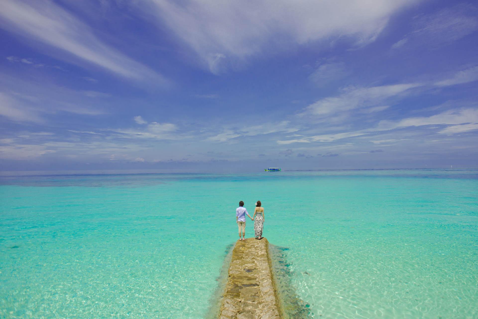 Devin and Natsuko Honeymoon at Makunudhoo Island Maldives 29