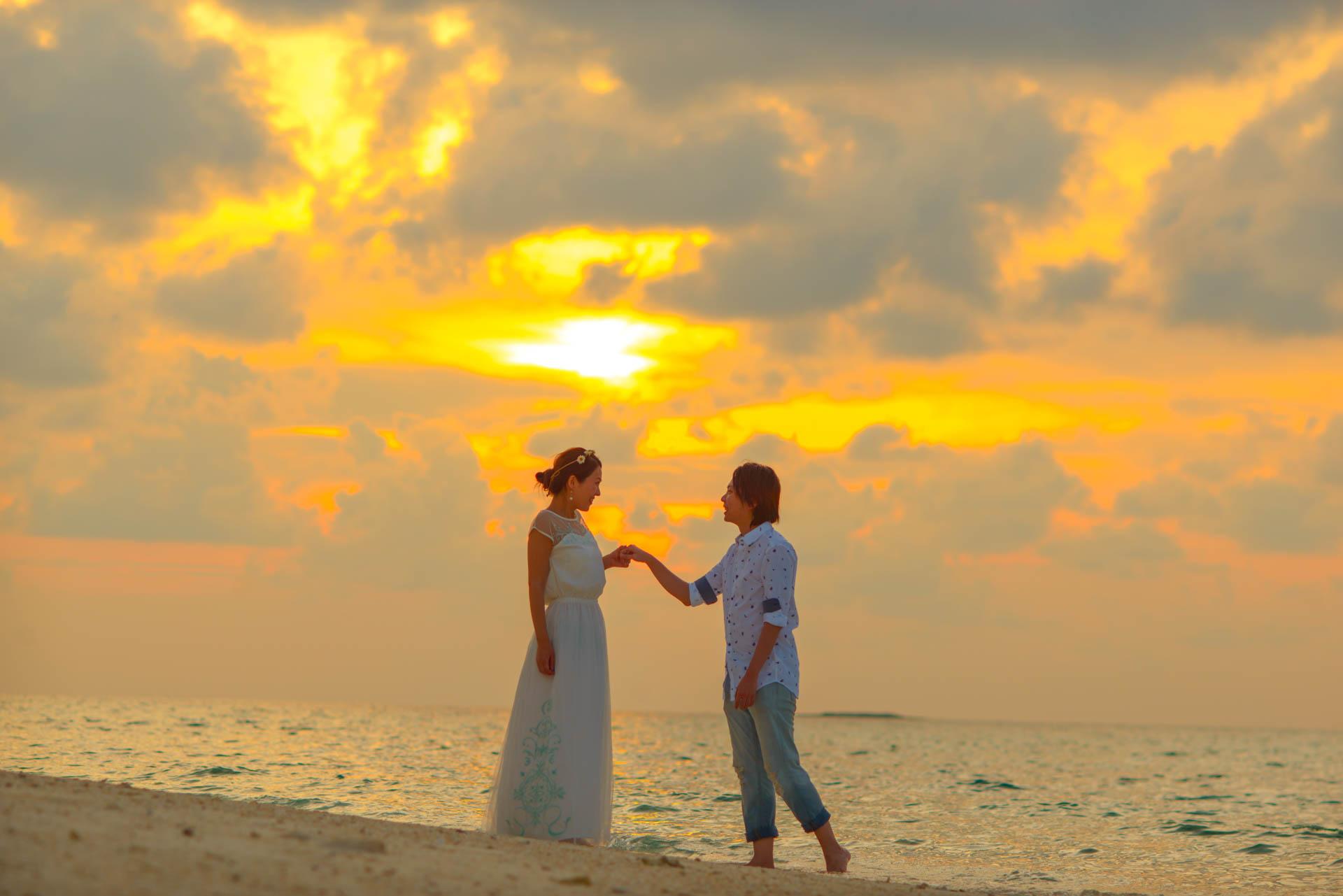 Devin and Natsuko Honeymoon at Makunudhoo Island Maldives 3