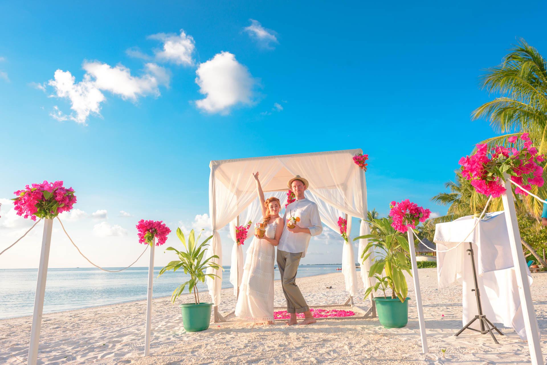 Heike Michaels Beach Wedding in Maldives 12