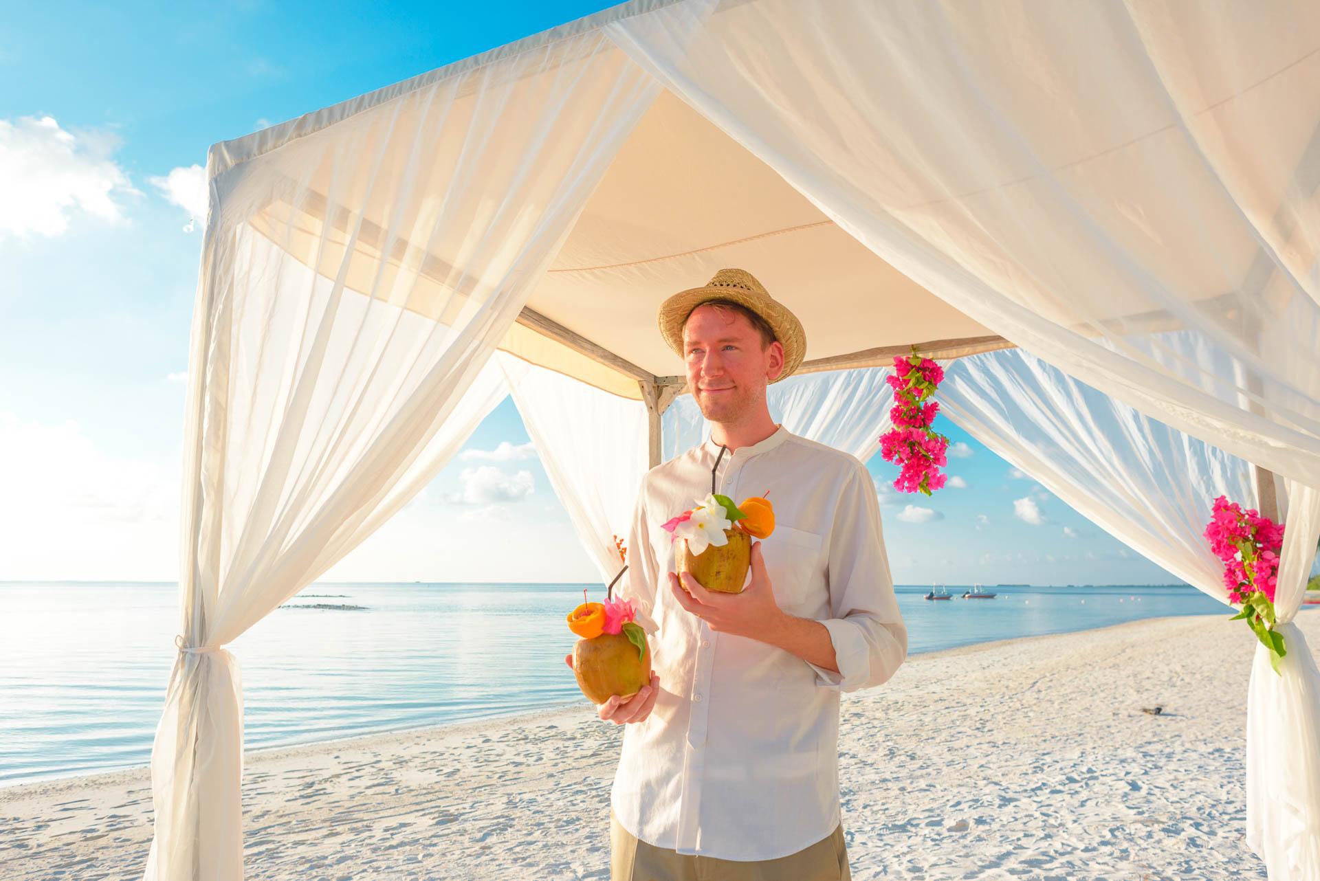 Heike Michaels Beach Wedding in Maldives 15
