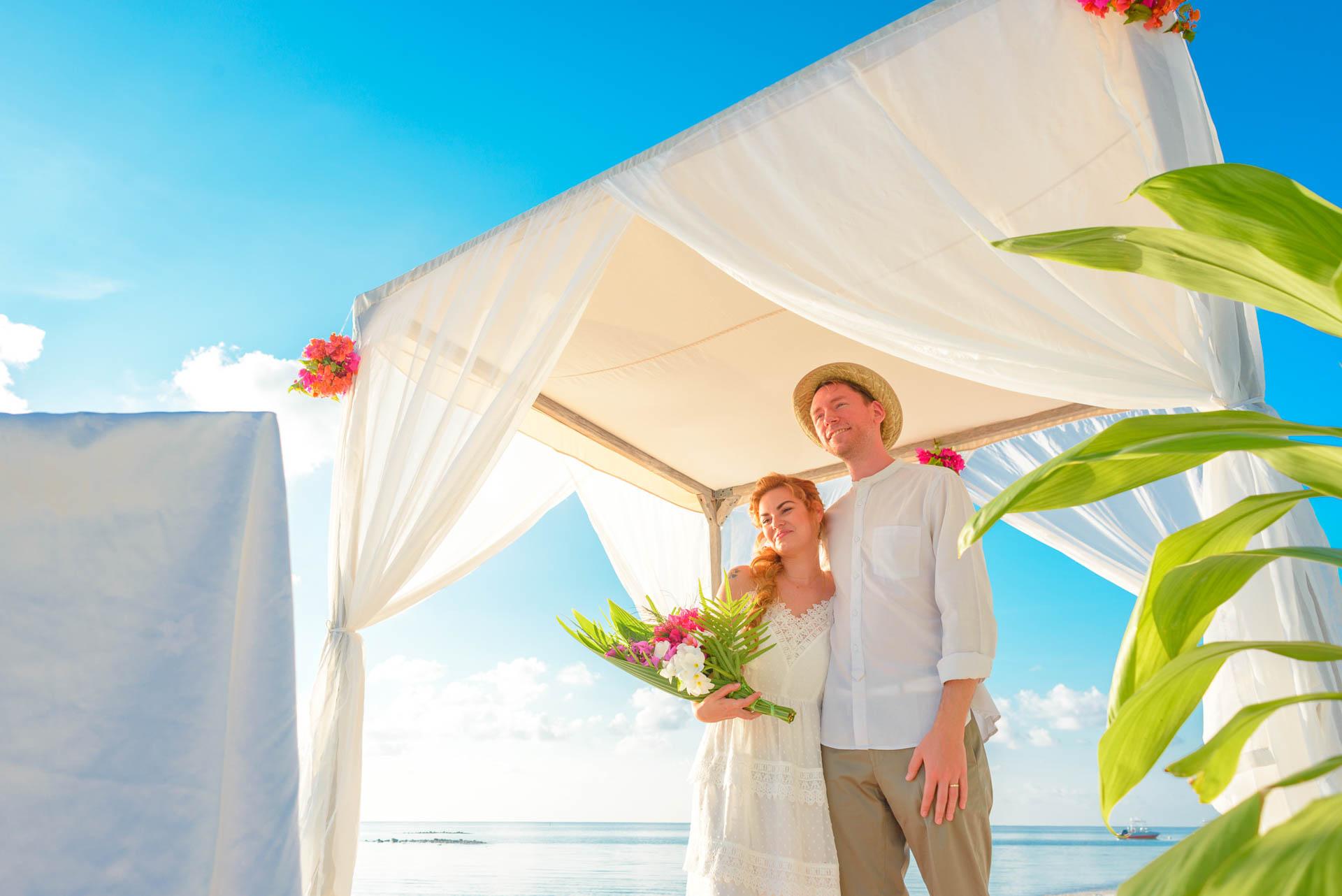 Heike Michaels Beach Wedding in Maldives 18