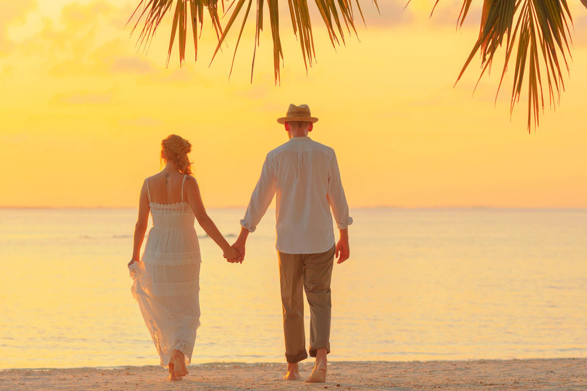 Heike Michaels Beach Wedding in Maldives 35