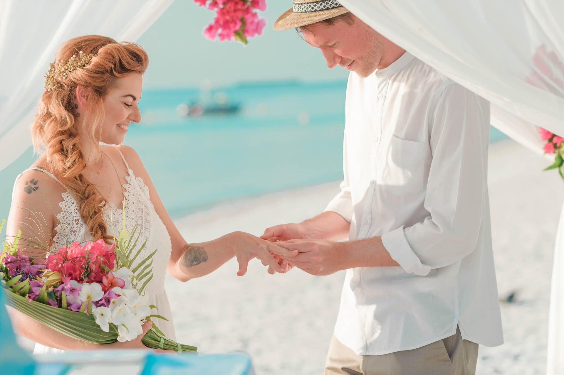 Heike Michaels Beach Wedding in Maldives 47
