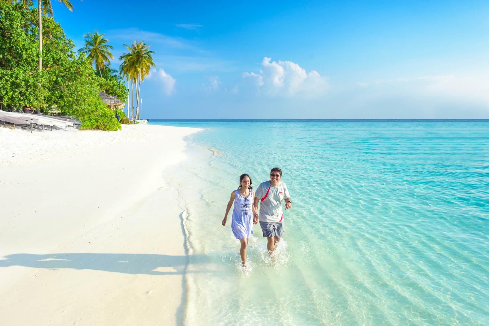 Iyad and Shabneez Honeymoon at Centara Grand 6
