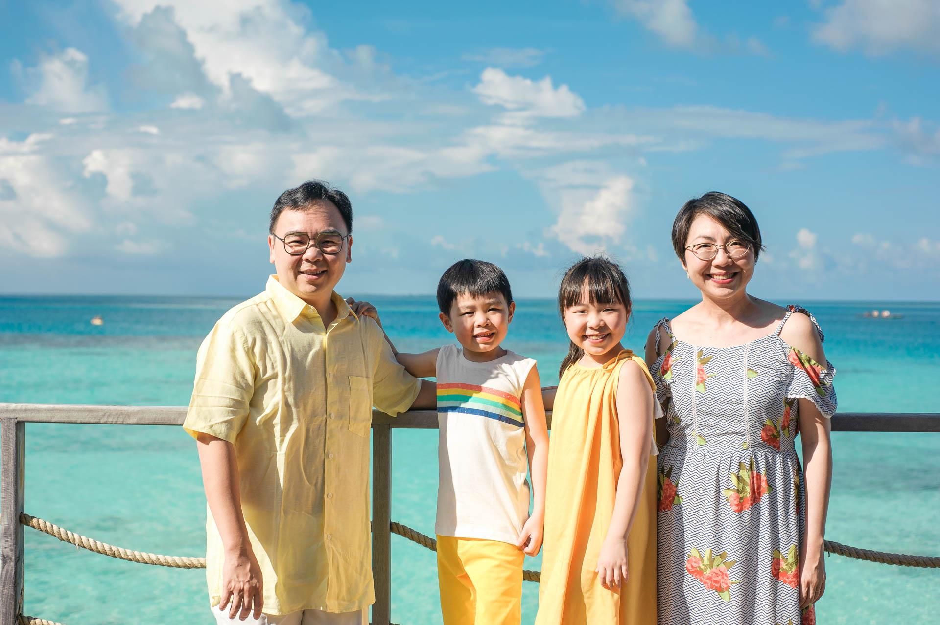 Jos Extended Family at Constance Moofushi Maldives 35
