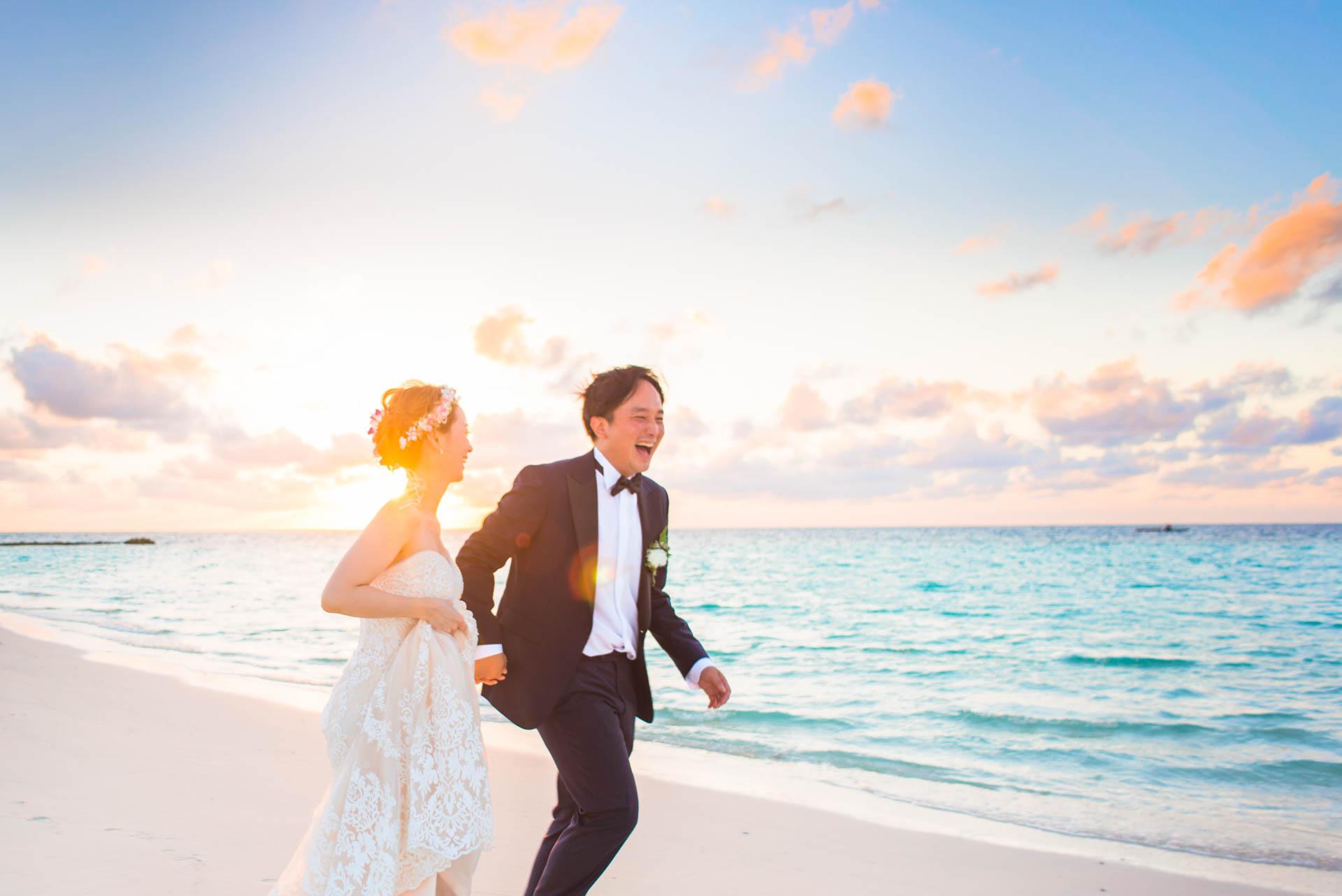 Kang Kim Sand Bank Wedding at St Regis Vommuly Maldives 10