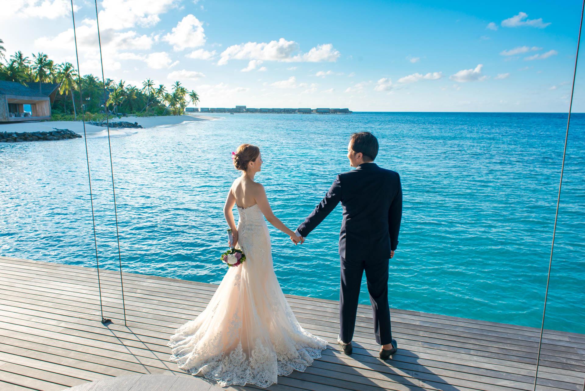 Kang Kim Sand Bank Wedding at St Regis Vommuly Maldives 13