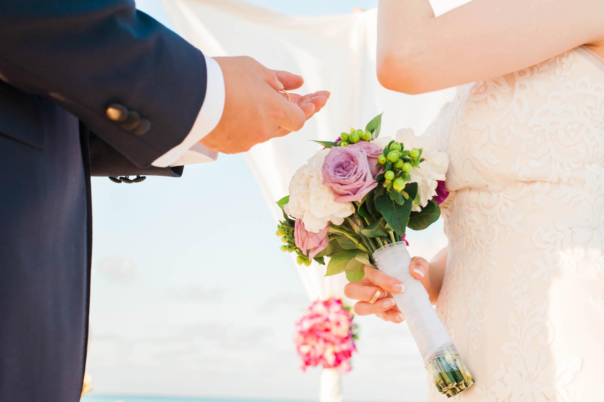 Kang Kim Sand Bank Wedding at St Regis Vommuly Maldives 3