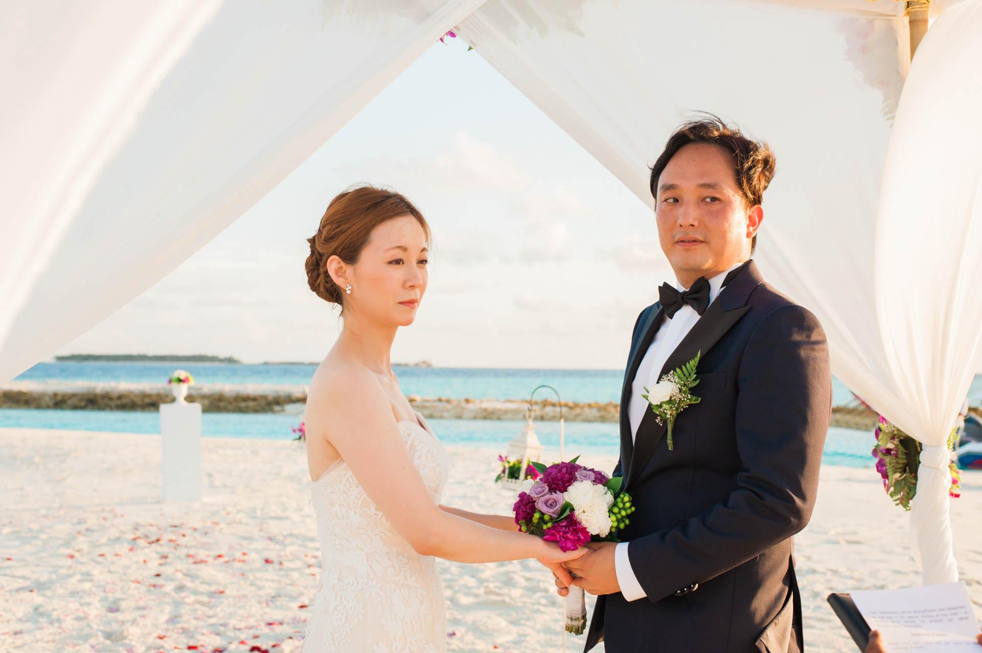 Kang Kim Sand Bank Wedding at St Regis Vommuly Maldives 4