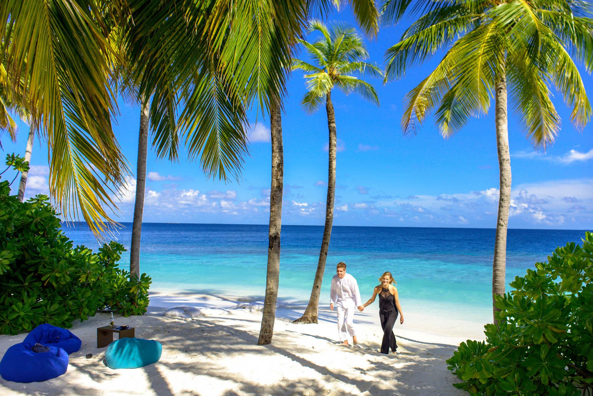 Kristina Andreas Anniversary at Mirihi Island Resort 12
