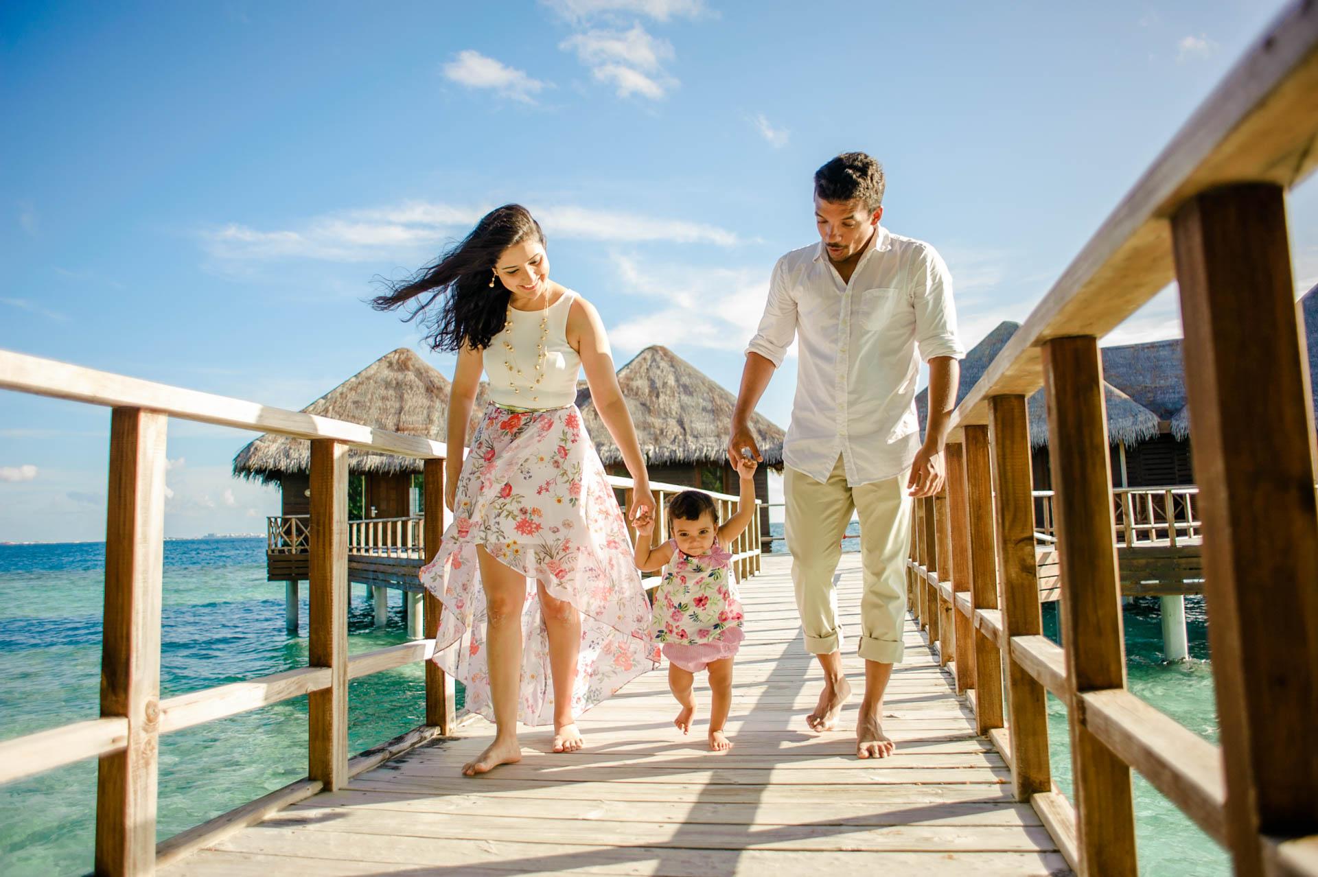 Rakhi and Anubhav Family at Bandos Maldives 26