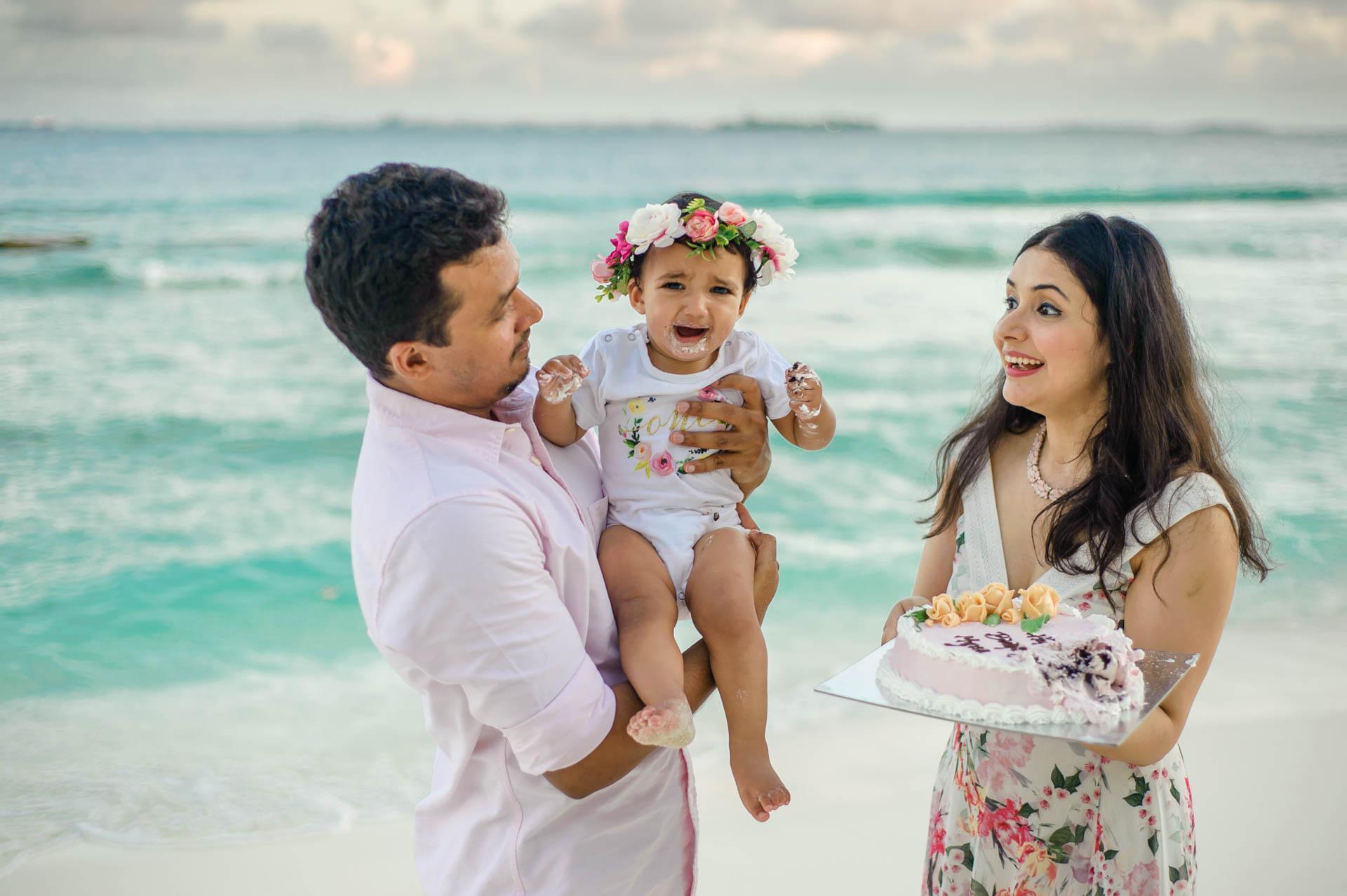 Rakhi and Anubhav Family at Bandos Maldives 32