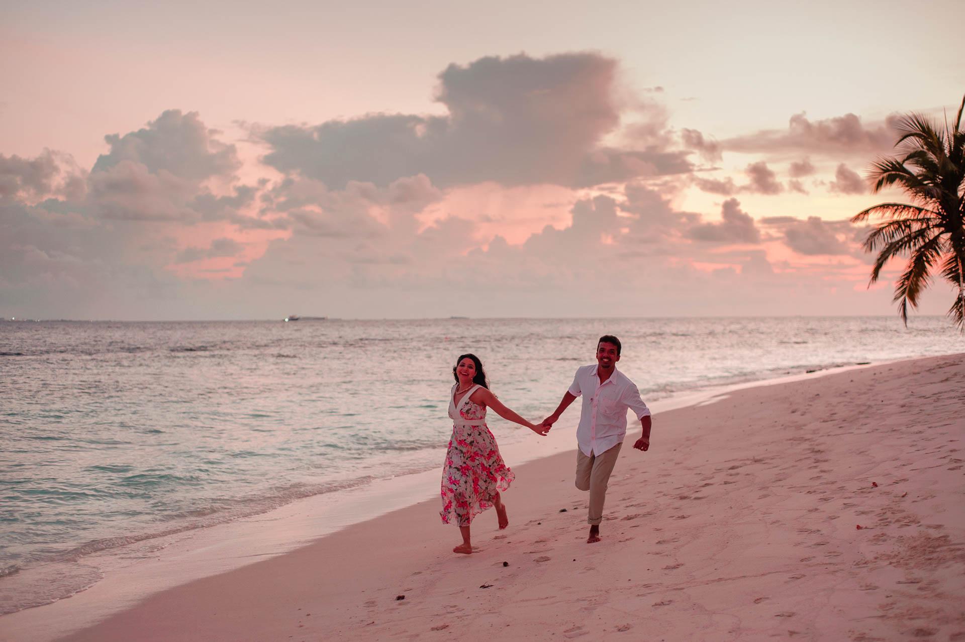 Rakhi and Anubhav Family at Bandos Maldives 5