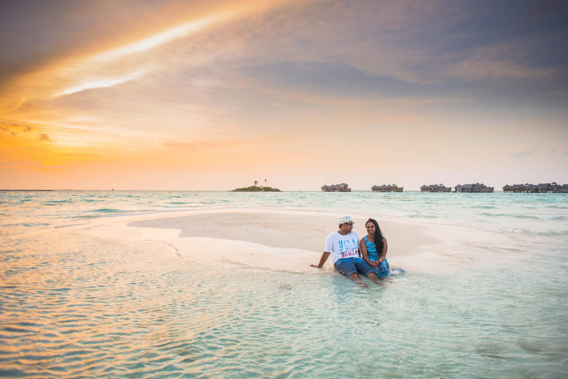 Sidhu and Agasthyas Anniversary Couple Photoshoot at Paradise Island Resort 15