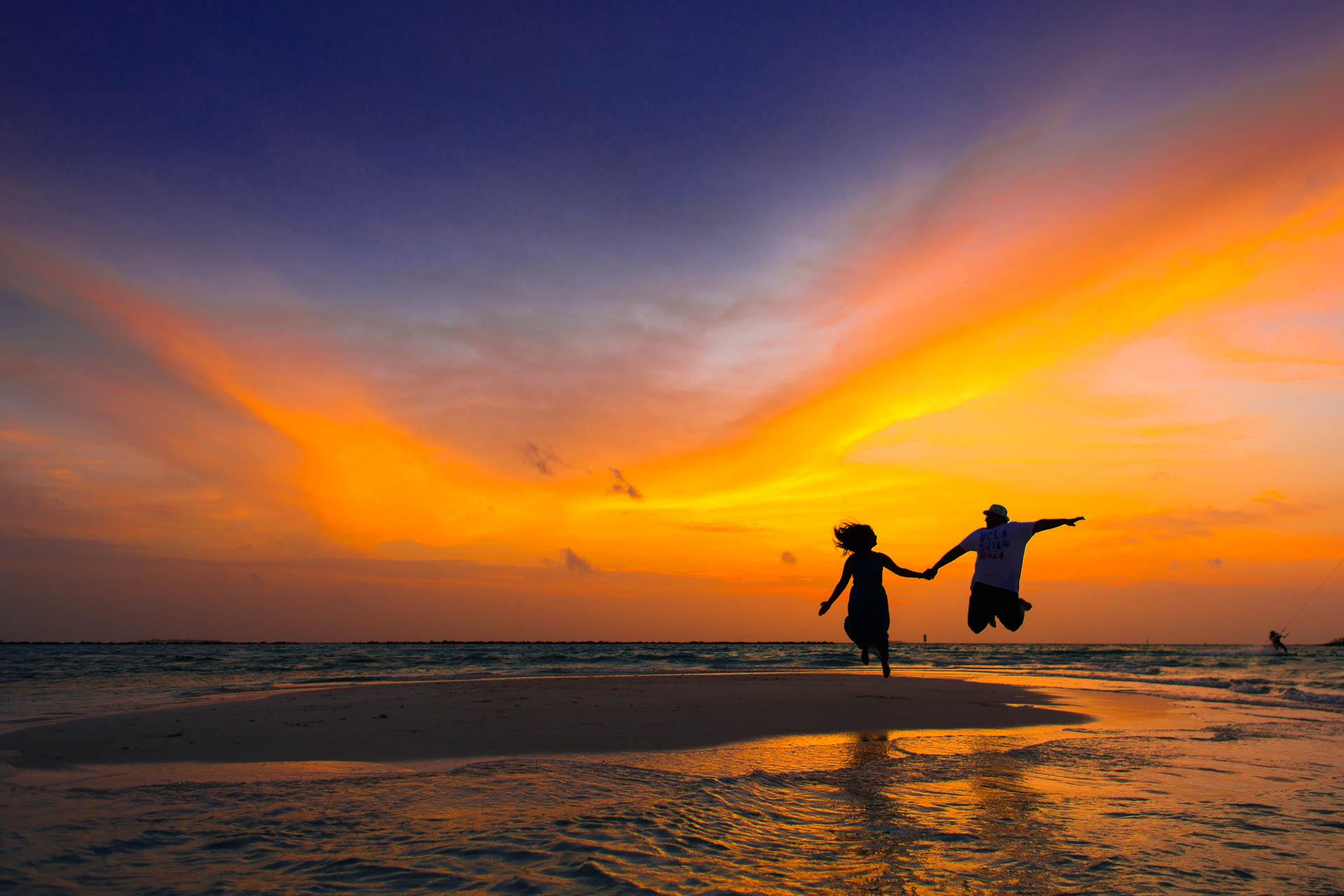 Sidhu and Agasthyas Anniversary Couple Photoshoot at Paradise Island Resort 18