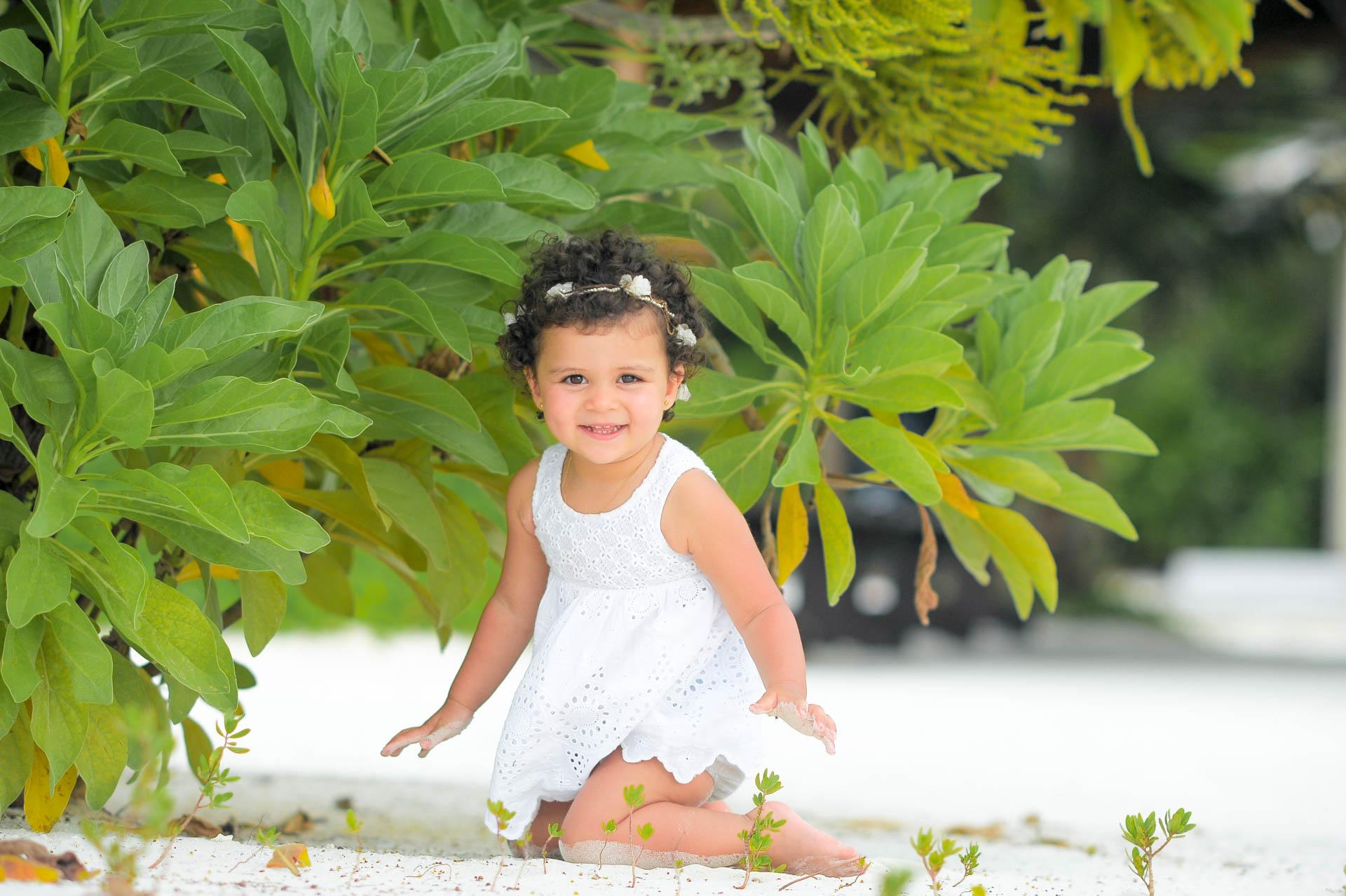 Talal Kenza and Soniya Family Session at Canareef Maldives 30
